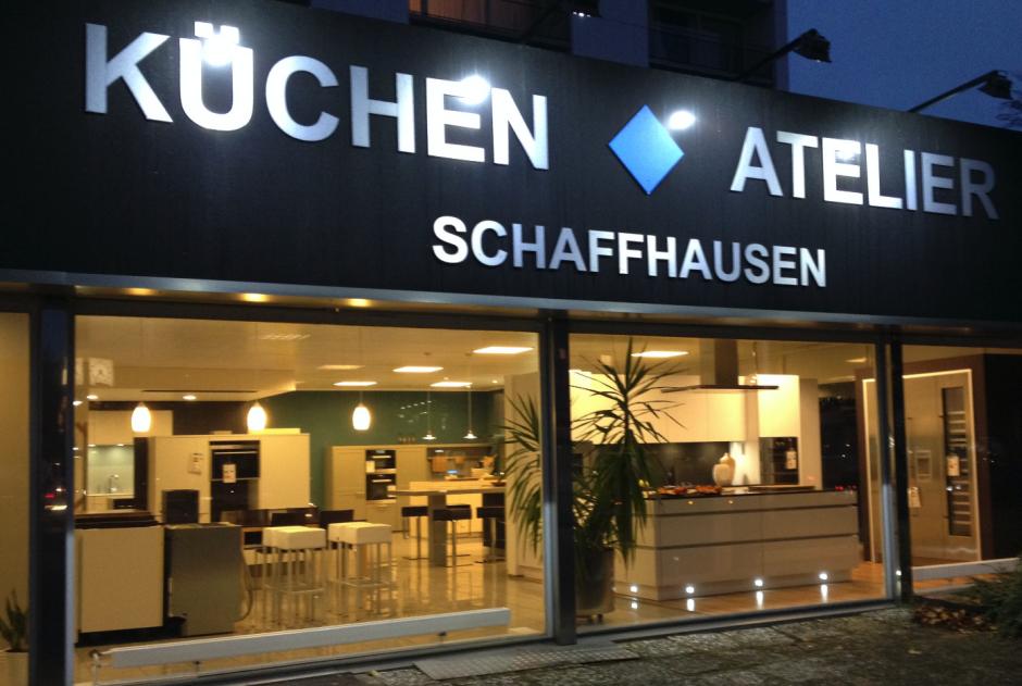 kuechenguide.com-kuechen-atelier-schaffhausen-Bildschirmfoto-2015-04-20-um-18.32.25-940x631