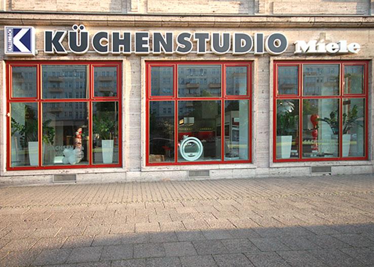 kuechenguide.com-kuechenstudio-kallenbach-karl-marx-allee-web