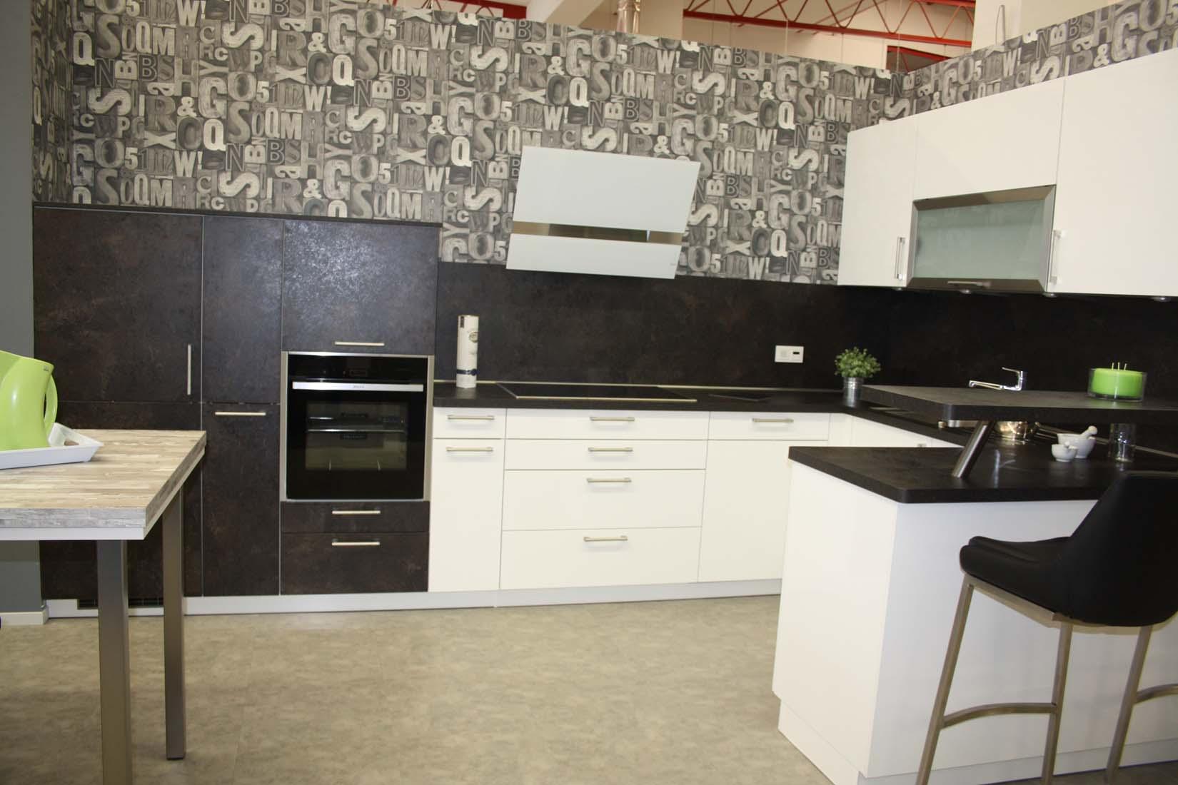 kchen saarbrcken wilhelm junius kchen junius in saarbrcken im saarland kchen mit stil und jeder. Black Bedroom Furniture Sets. Home Design Ideas