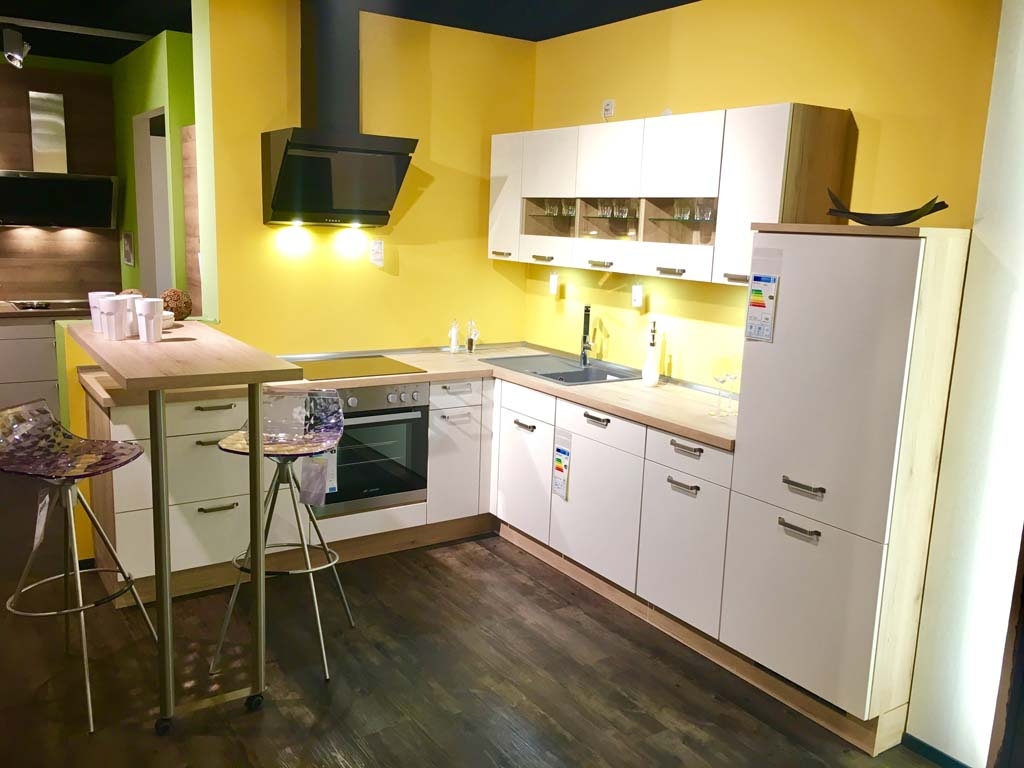 Möbel Peeck In Worms Küchenstudio Küchenplanung Musterküchen