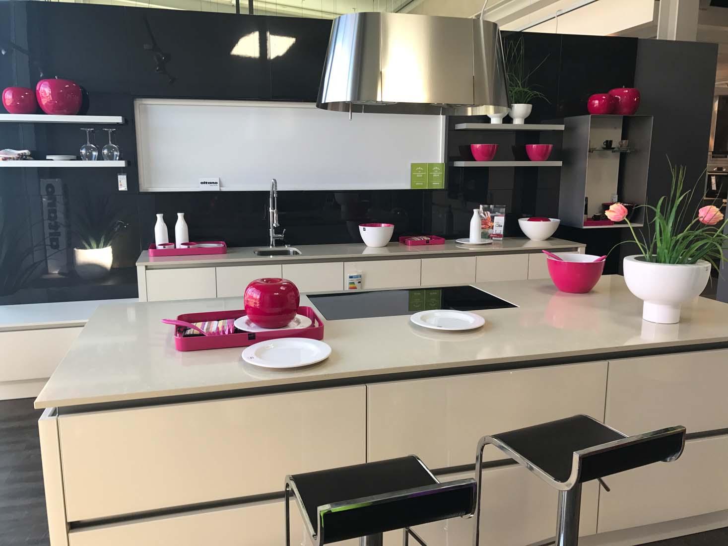 kchen darmstadt great komplette kche with kchen darmstadt. Black Bedroom Furniture Sets. Home Design Ideas